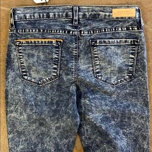 Angry Rabbit Acid Wash Jeans Skinny Size 28 NWT